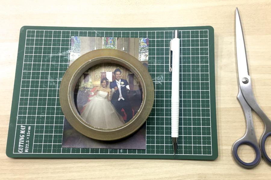 アルバム作り方:写真を丸く切り抜く