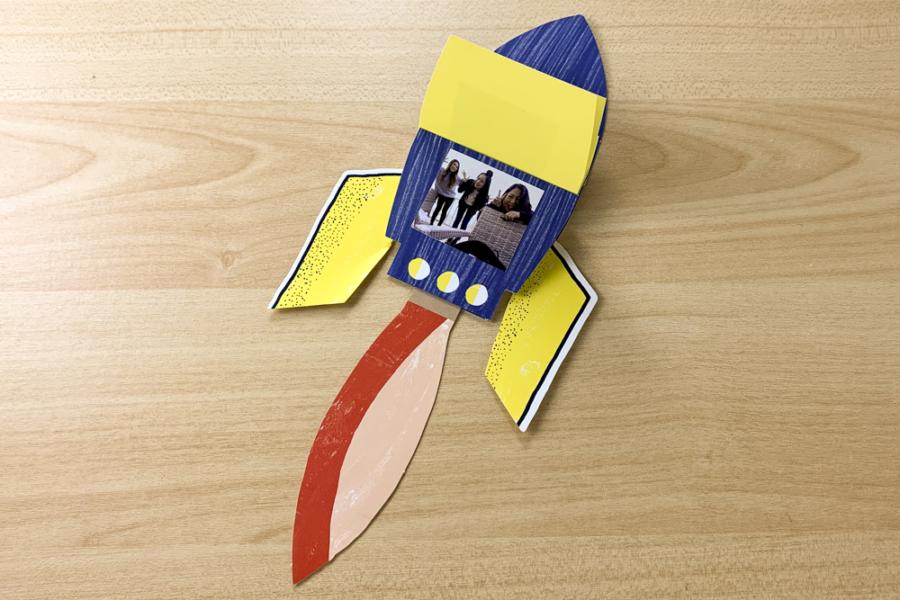アルバム作り方:仕掛けパーツを用意する【ロケット】