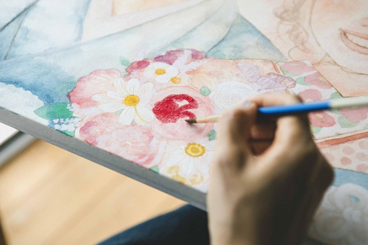 水彩絵の具で花の柔らかさを演出